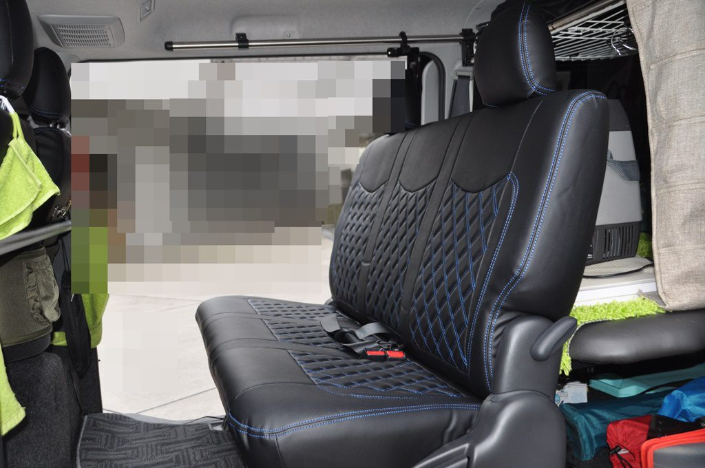 後部座席セット完了の画像