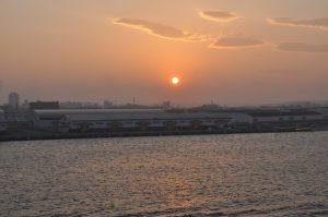 街に沈む夕日2