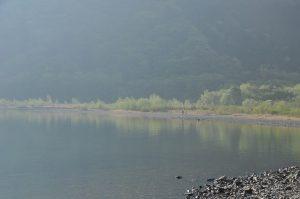 綺麗な湖畔です