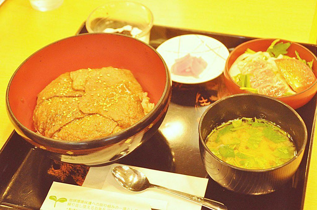 前沢牛ビビンバ丼