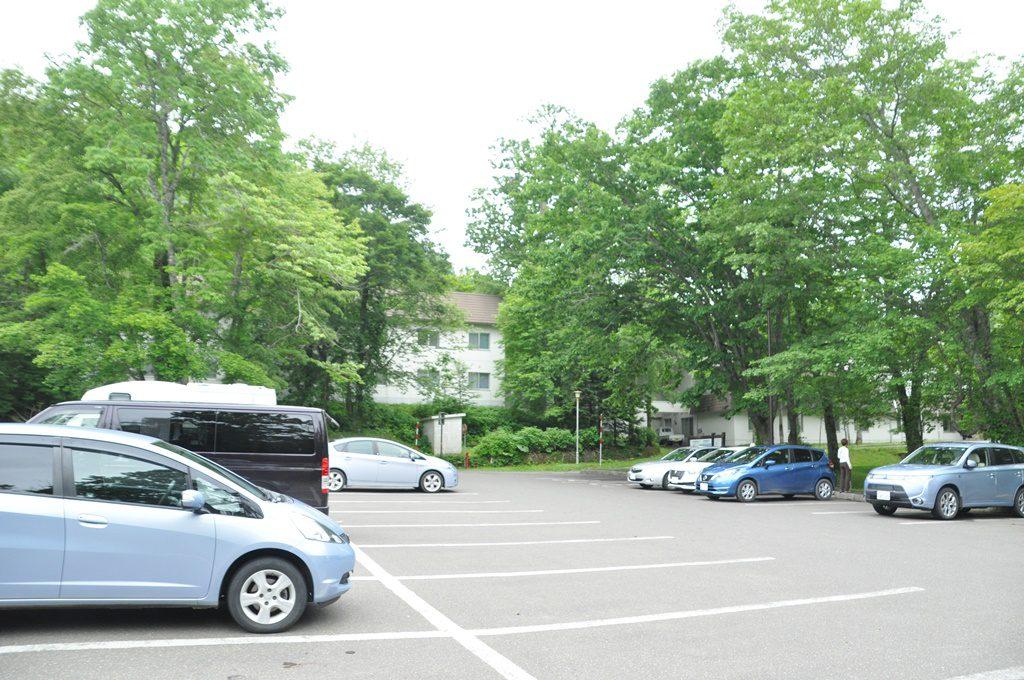 「休暇村支笏湖」の駐車場です。