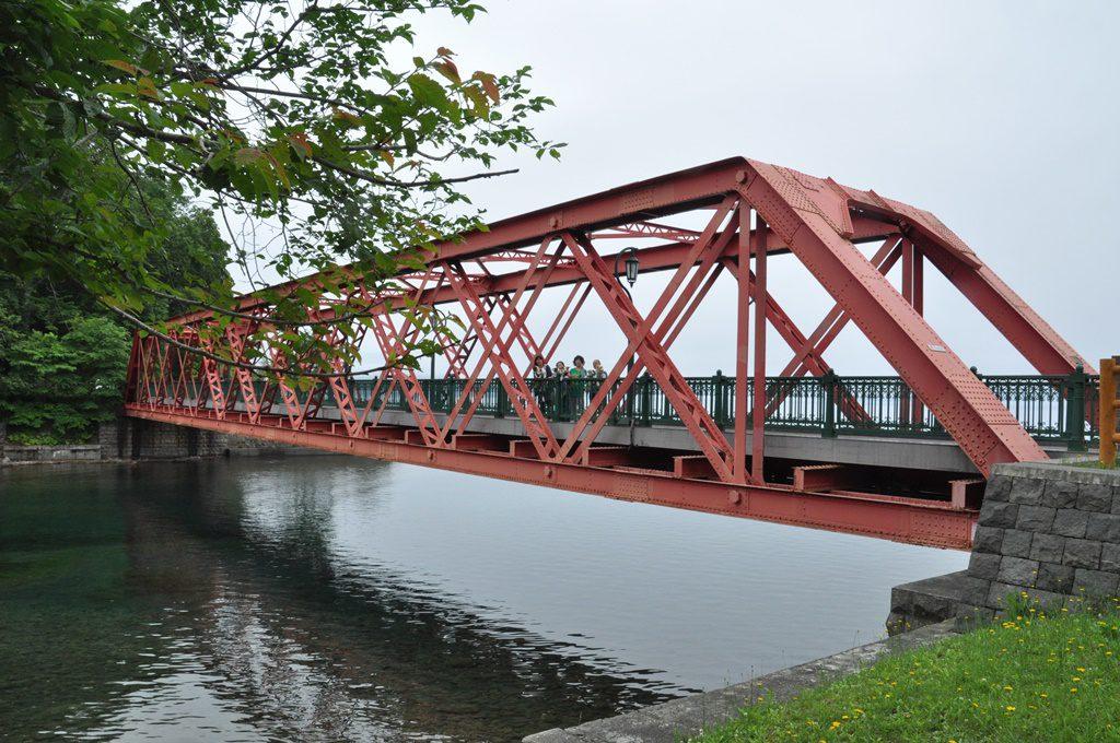 千歳川入口の鉄橋です。